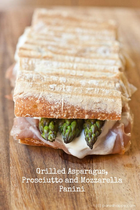 Post image for Grilled Asparagus & Prosciutto Panini