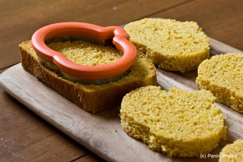 Pumpkin-shaped bread - it's more fun that way!