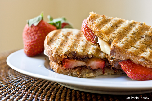 Post image for Strawberry, Banana & Nutella Panini