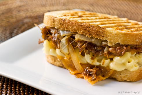 Recipe: Grilled Mac & Cheese with BBQ Pulled Pork | Panini ...