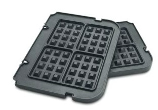 Beyond a grill, you can turn the Cuisinart into a griddle or a waffle iron too (Photo: CHEFS Catalog)