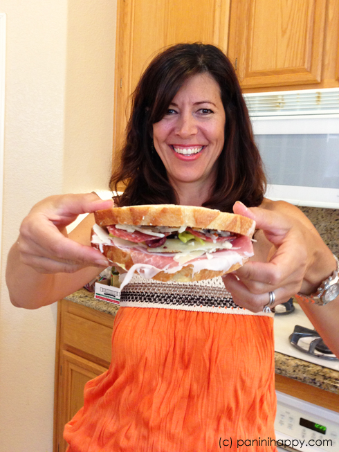claudia-and-sandwich-490