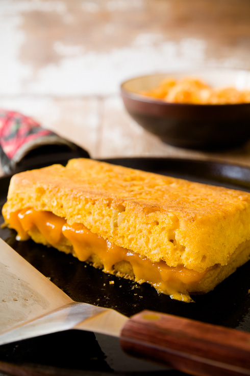 Post image for Mac 'n Cheese Grilled Cheese
